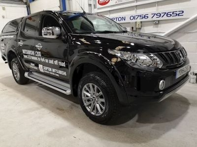 Mitsubishi L200 2.4 Double Cab DI-D 178 Barbarian 4WD Auto Pick Up Diesel Black at Midgley Motor Cars Ltd Skipton